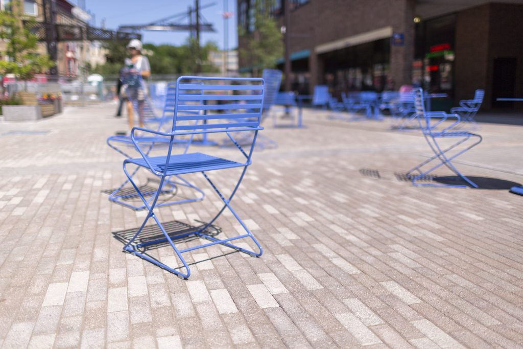 gratisography-blue-patio-chair